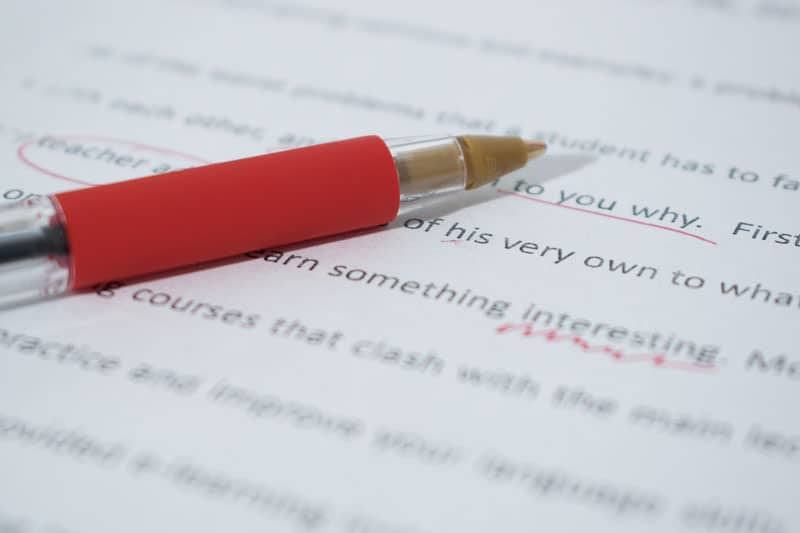 Cómo escribir una buena historia para enganchar a tu público